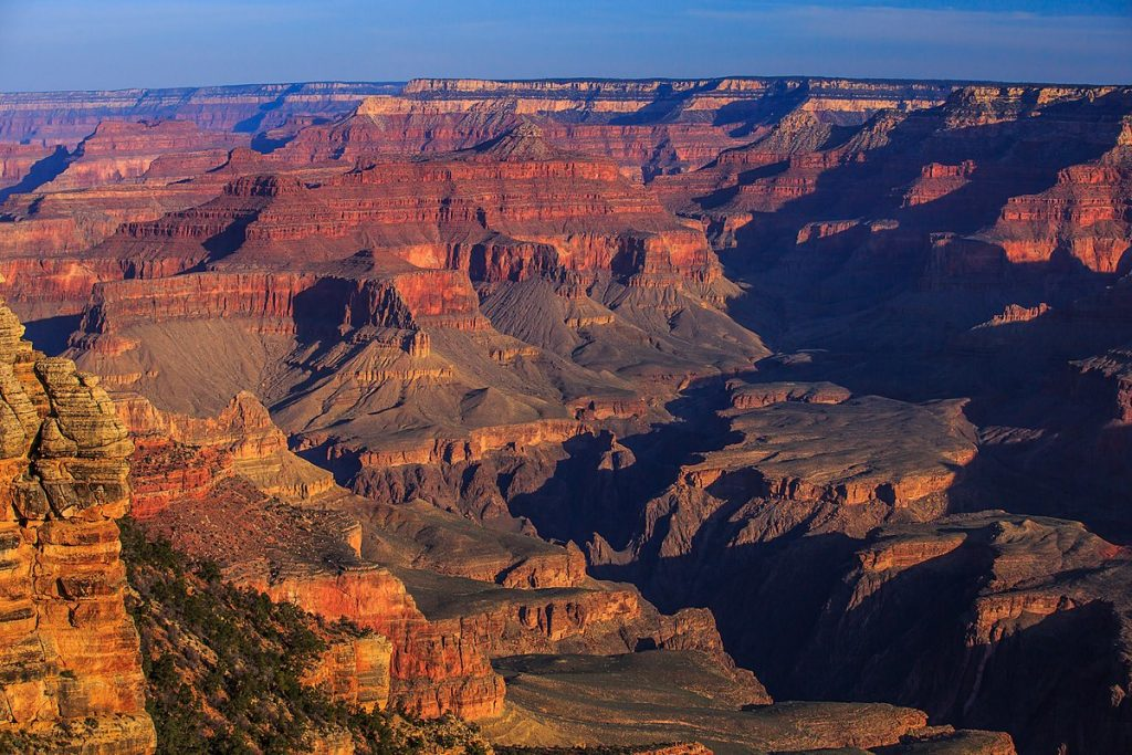 The picturesque Grand Canyon. A visit here is a must for your USA Bucket List.