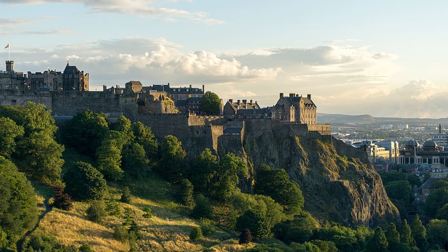 The Edinburgh Castle is one of the best things to see in the UK.