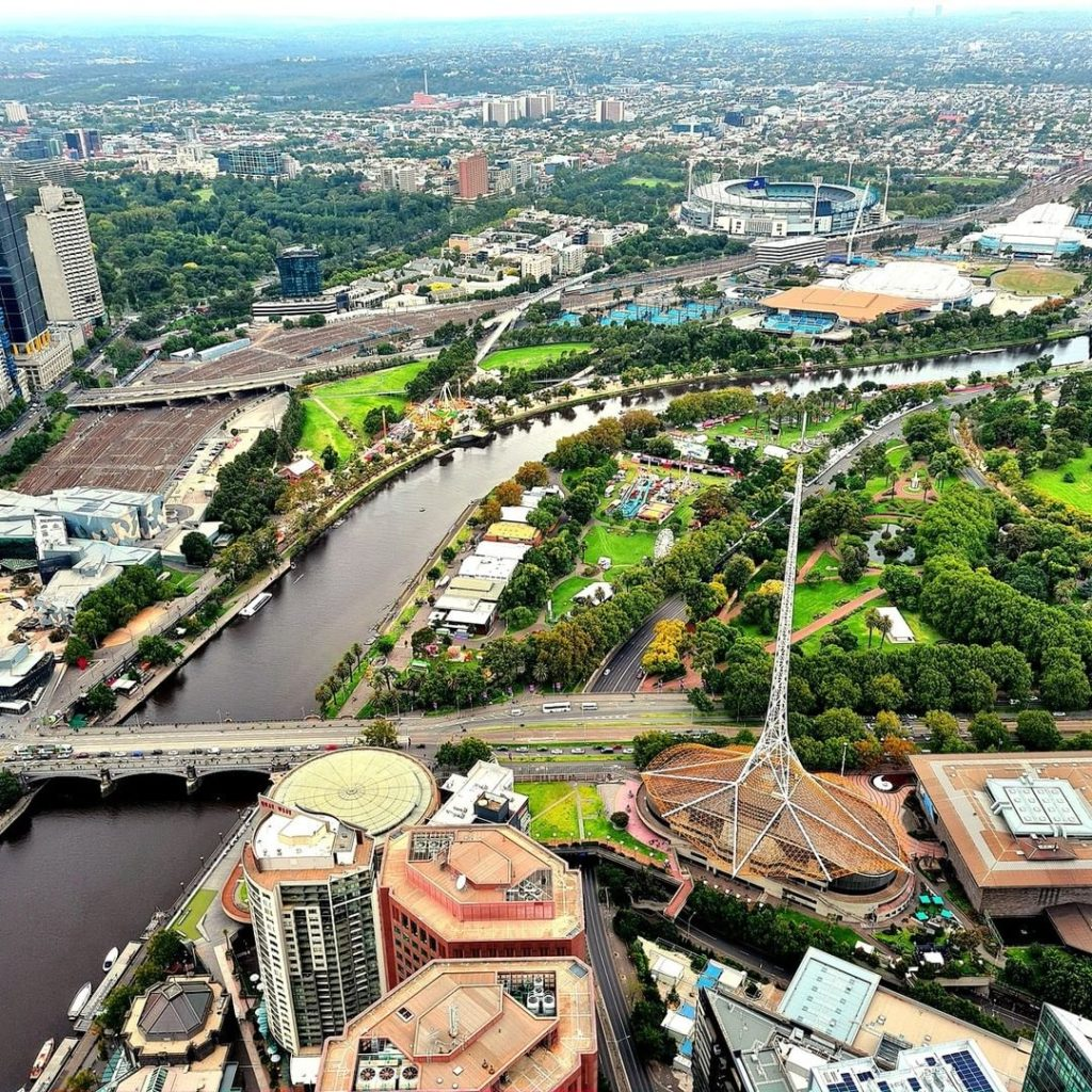 Next on our Melbourne bucketlist is seeing the sky from above at Eureka Skydeck.