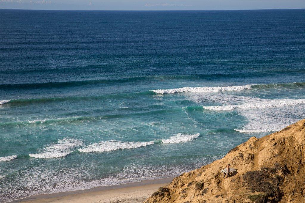 Black's Beach is one for seasoned surfers.