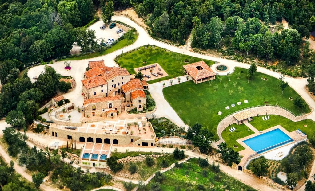 Thinking about where to stay in Tuscany? Try Villa Ferraia.