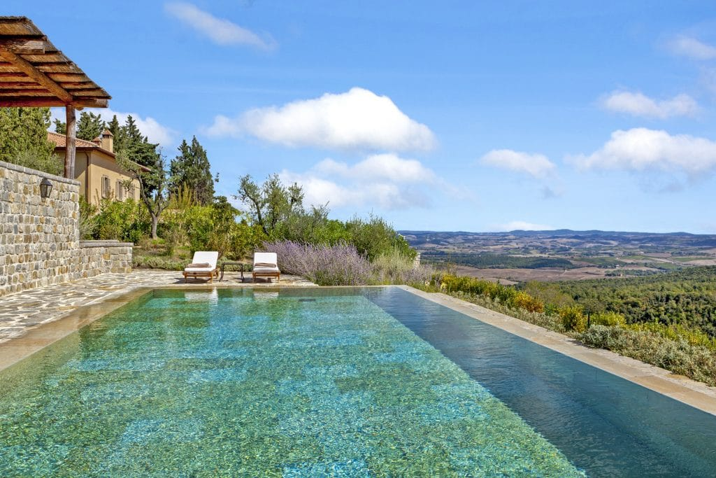Villa Oliviera is a great choice when it comes to where to stay in Tuscany.