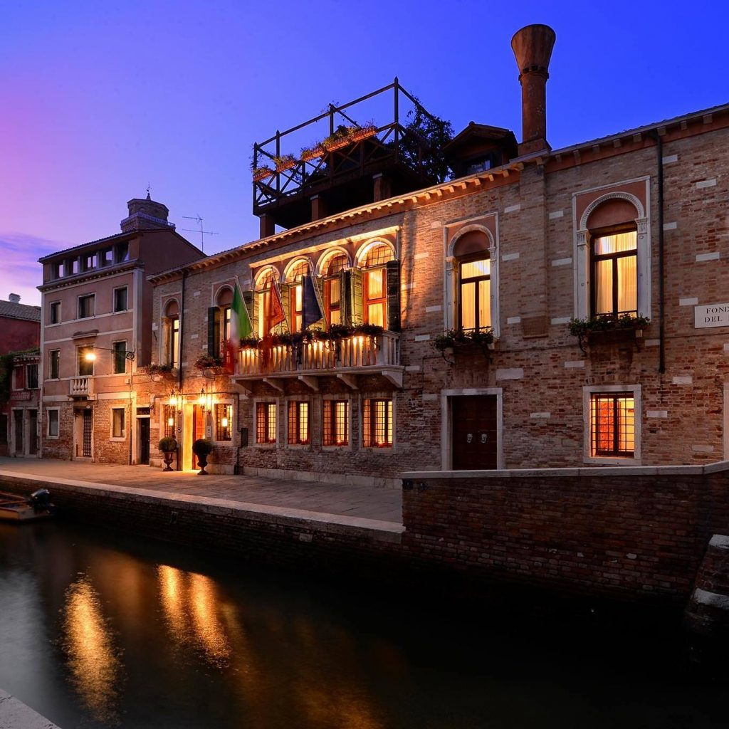 Palazzetto Madonna is the perfect place to end a day in Venice.