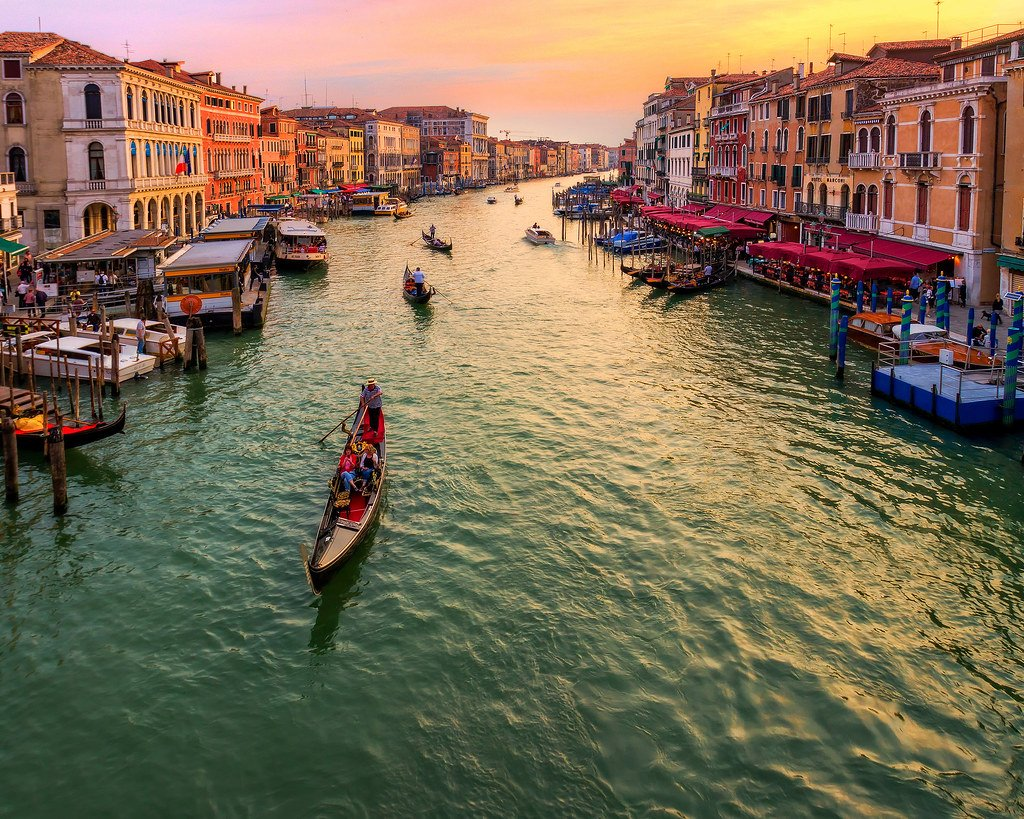 You can't miss the Rialto Bridge on a day in Venice.