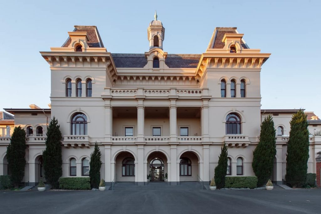Willsmere Castle is one of the most beautiful Airbnbs in Melbourne.